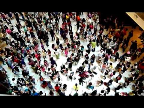 Aftermath  of Glee Flash Mob Dance Kuala Lumpur - Dance Repeated (3 Mins)