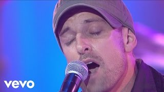"Daniel Powter performs ""Bad Day"" live on CD:USA."