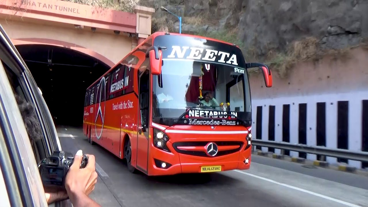 Chasing Neeta Mercedes 15m Shd On Pune Mumbai Express Highway