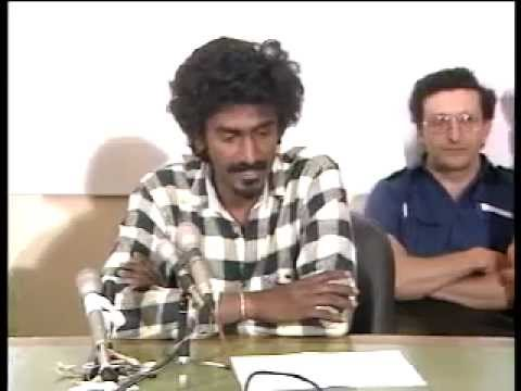 Jay Naidoo during Railway strike (1987)