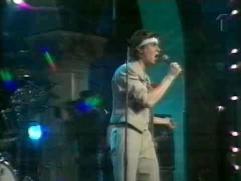 DURAN DURAN - planet earth (live 1981)
