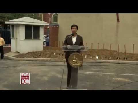 Groundbreaking for Far Southeast Family Strengthening Collaborative/Busboys and Poets