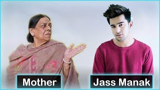 Top 18 Punjabi Singers with their Mothers