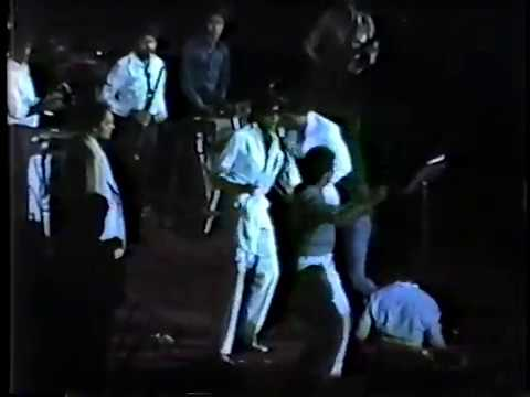 AMITABH LIVE SHOW TORONTO 1982 PART 2  BY SABIR GAYA