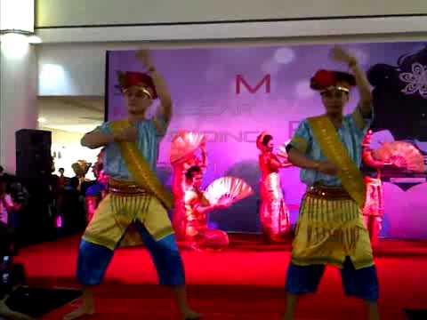 Tari Empat Etnis Sulawesi Selatan by Celebes Indonesia Performing Art's