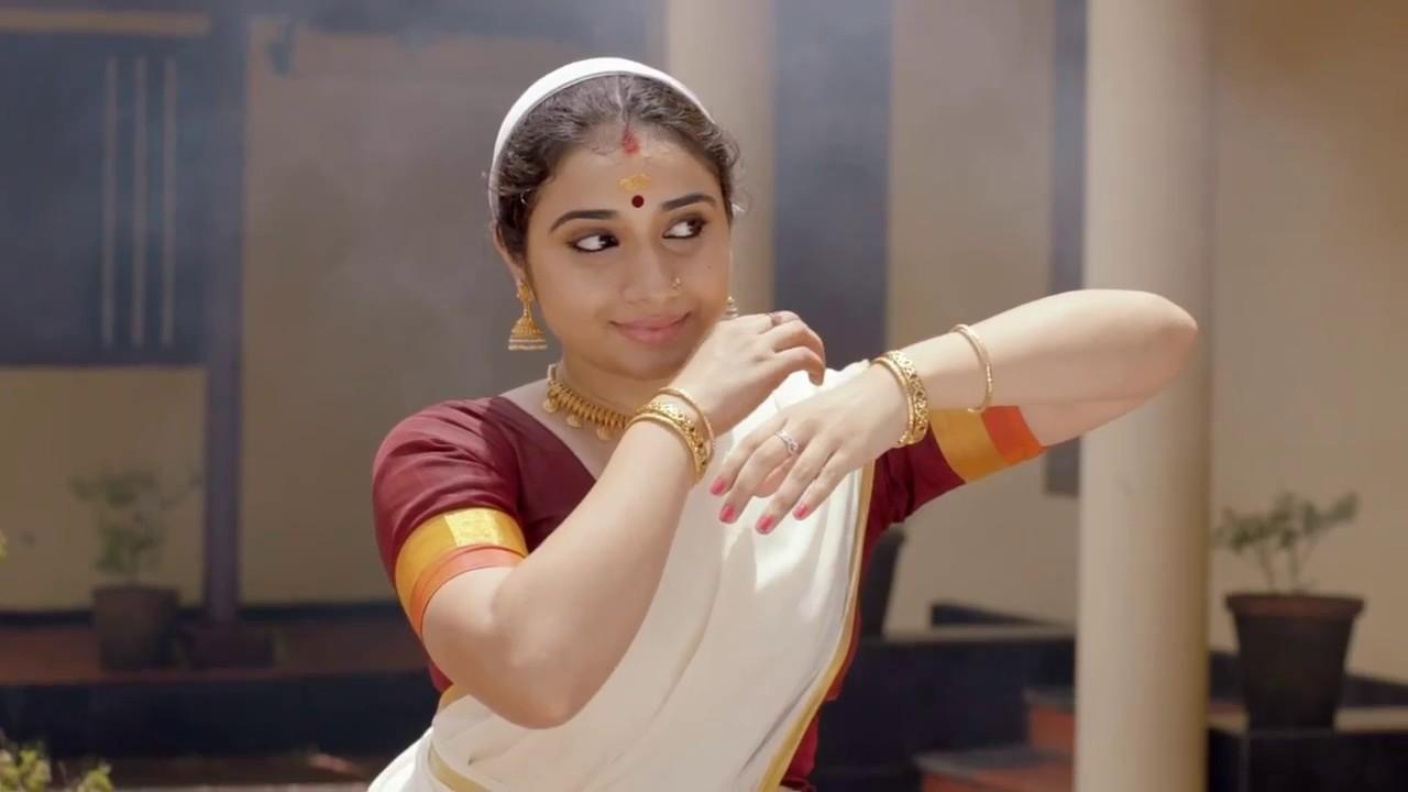 4d47ec453 Bhima Jewellers presents Aliveni - YouTube