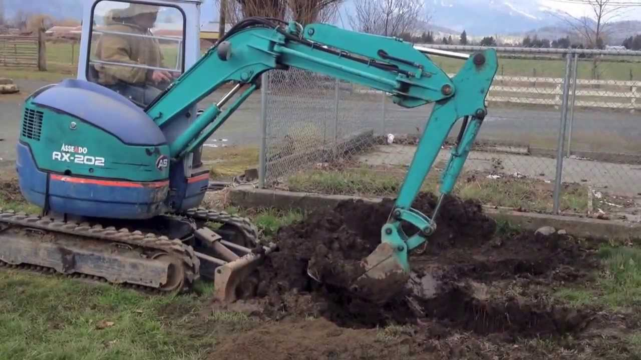 Mini Kubota Excavator For Sale $15,000.00 Craigslist - YouTube