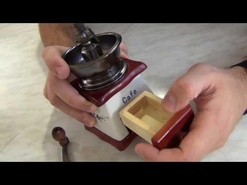 Ручная механическая кофемолка