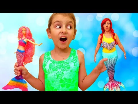 Kids Play with Magic Mermaid Mom from Super Elsa