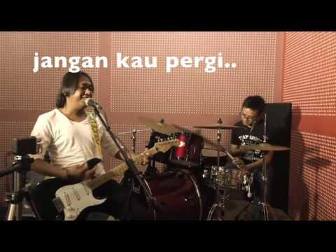 Wayang - Jangan Kau Pergi (Official Video Lyric)