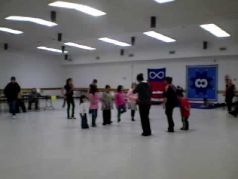Lil Metis Day Dancers