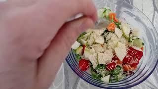 Самый простой и диетический салат с рукколой и кунжутом. Insalata con rucola.