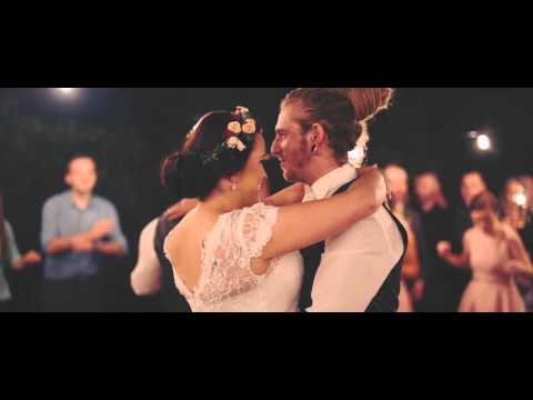 Penny & James First Dance - Swing Life Away