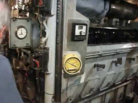 USS LST 325 EMD 567 starboard startup