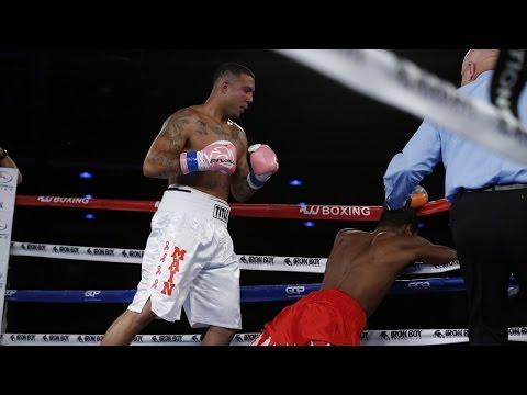 Samuel Clarkson KOs Lavarn Harvell   SHOWTIME Boxing
