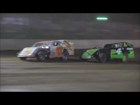 AMRA Modified Heat #1 from Legendary Hilltop Speedway, August 19th, 2016.