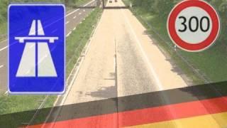 Schnell fahren auf der Autobahn
