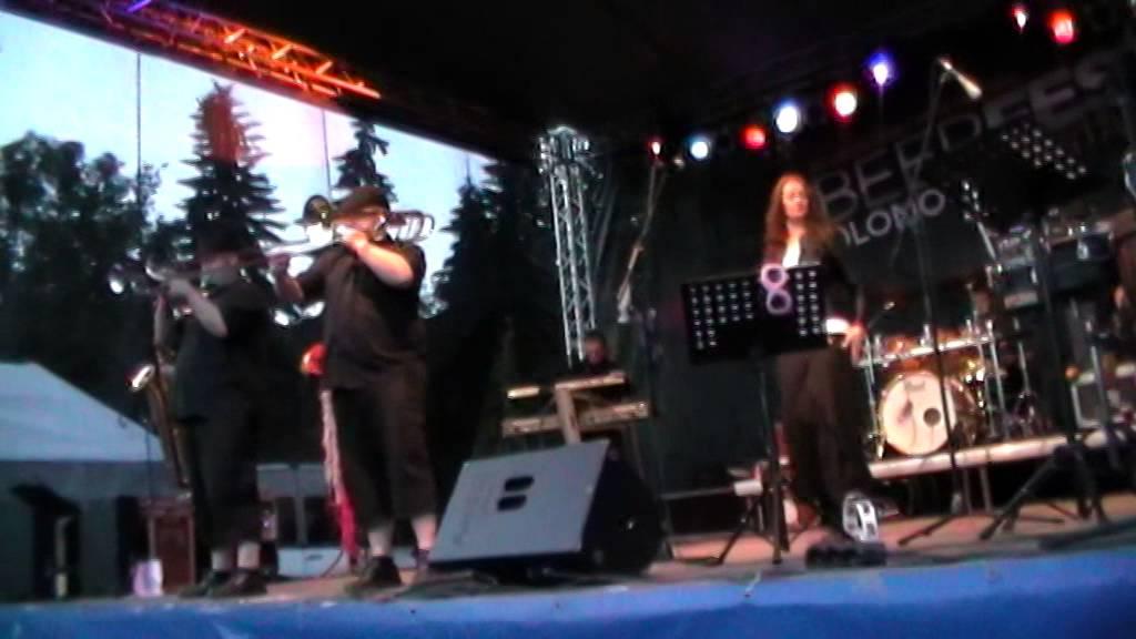sto-zvirat-beerfest-olomouc-30-5-2014-susena-svestka-miiisav