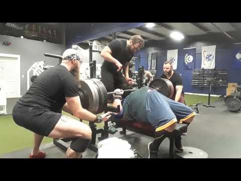 GP Athletics Springfield MO Bench Press 670 lbs Old Kole Carter Powerlifting Strongman Benching Big