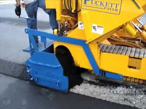 Puckett Equipment Paver In Action Youtube