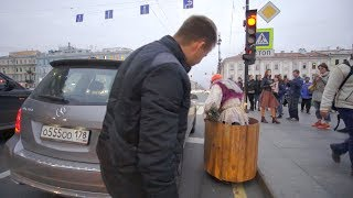 БАБКА НА ГИРОСТУПЕ 3! ДТП в Питере. Пранк! | GRANNY in RUSSIA Prank (Часть 3)