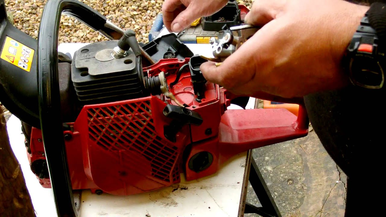 carb take out dismantle and clean and reassemble of a 2071 youtube rh youtube com Jonsered Chainsaws Manuals www Jonsred Saws Power