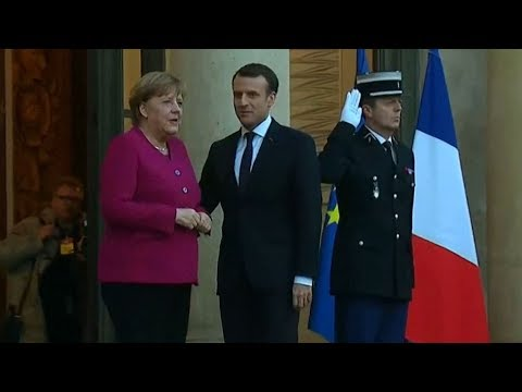 Leaders of France, Germany meet to draw up plans for EU reforms