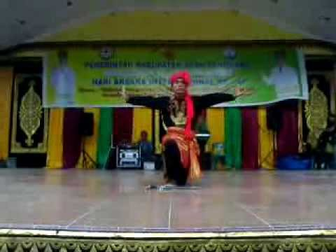 Silayakh Traditional Dance by Muhammad Kasih Selian on H A I Kutacane Aceh Tenggara