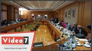 بالفيديو.. وزير التعليم العالى يشارك مجلس جامعة حلوان اجتماعه الشهرى