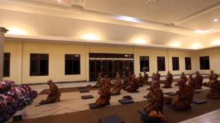 Sangha Theravada Indonesia di Vihara Bodhigiri Balerejo