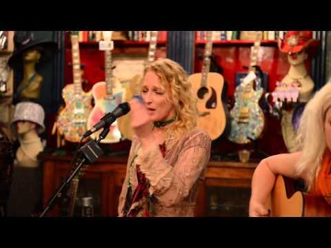 """Lez Zeppelin Acoustic -- """"Ramble On"""""""