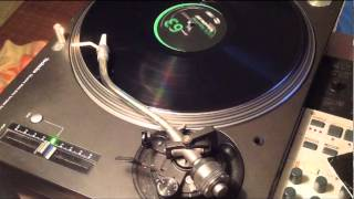 "Lucio Aquilina b. Roland M. Dill ""Disco Bus Rmx"""