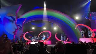 """Katy Perry - """"E.T."""" - Live in Minneapolis"""