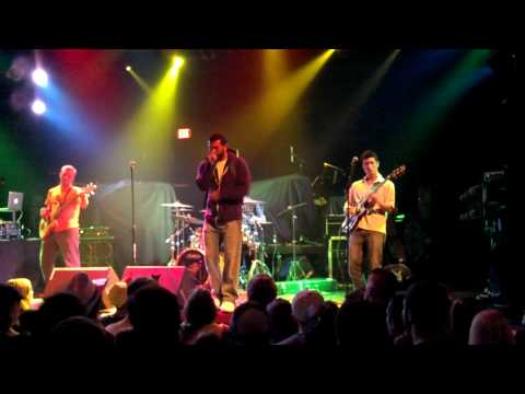 Tell a Tall Tale Opening for Dirty Heads