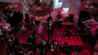 Glee Full Performance - We've Got Tonight