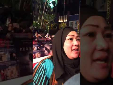 full-movie-premiere-bumi-manusia---live-ig-@kumparancom