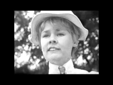 \u0026quot;Parades End\u0026quot; ~ Judi Dench - YouTube