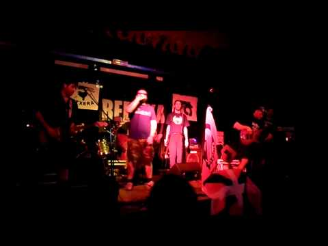 REDSKA - Bella Ciao (Live @ C.S.A. Baraonda Segrate-Milano 05-04-2014)