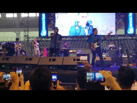 Detik detik MIC Judika jatuh saat konser hut BRI di Medan