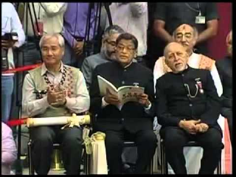 President Shri Pranab Mukherjee confers Padma Awards