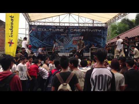 Speak Up - Jangan Pernah Live at Yadika4