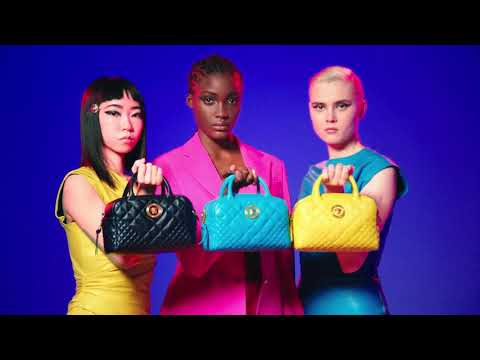 Versace Spring-Summer 2019   The Spring Edit Campaign