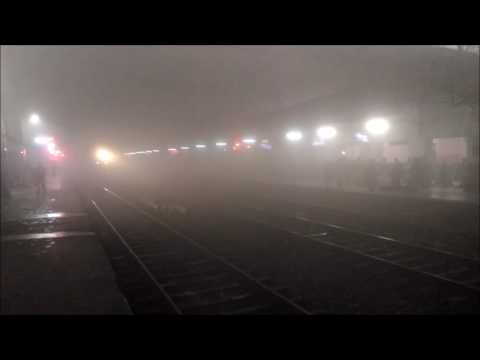 Foggy weather of Varanasi Station 4 am in the morning
