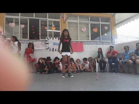 Show de talentos da minha escola Maria Montessori😚 thumbnail