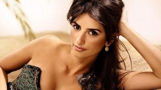 Semi nude Bikini Celebrities of Hollywood and Bollywood