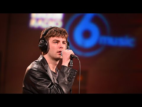 Fontaines D.C. - A Lucid Dream (6 Music Live Session in the Radio Theatre)