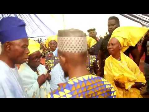 KOLADE ONANUGA ENTERTAINS AT ALHAJA ONASANYA'S 75TH BIRTHDAY