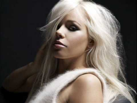 Kerli - Walking On Air (Armin Van Buuren Club Mix) (2009)