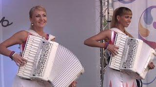 Лучшие аккордеонистки России Дуэт ЛюбАня Accordion Duet LiubAnya