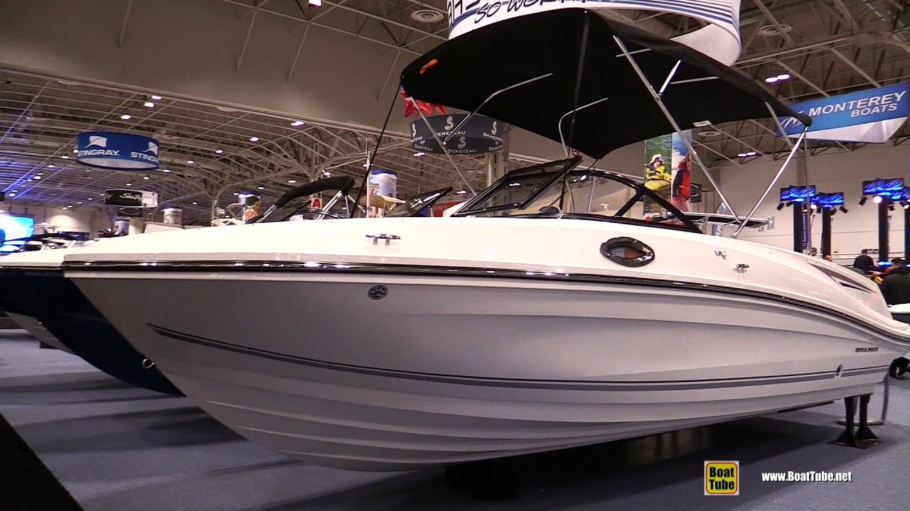2017 bayliner vr6 bowrider io motor boat walkaround for Bowrider boats with outboard motors